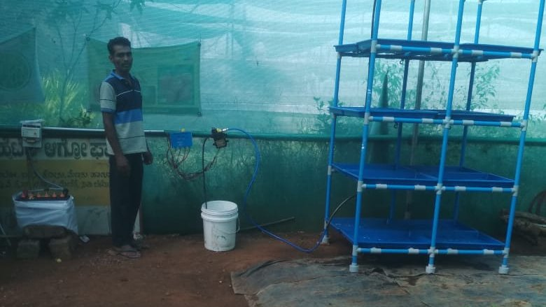 Panchakshari from Chatchatahalli, Belur  installed Solar powered Hydroponics with 60 Watt Solar powered Motor
